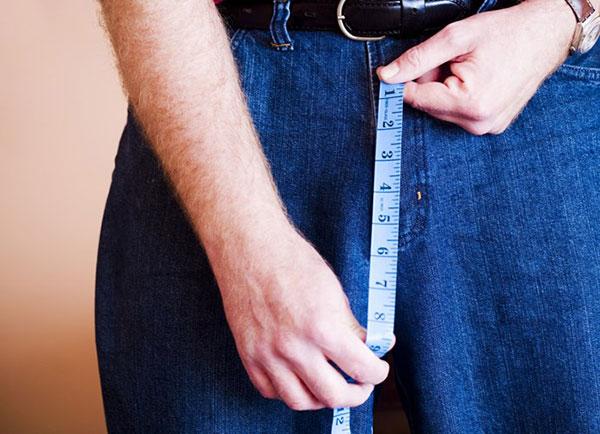 """Kích thước nào của """"chú nhỏ"""" làm phụ nữ thoải mái nhất"""